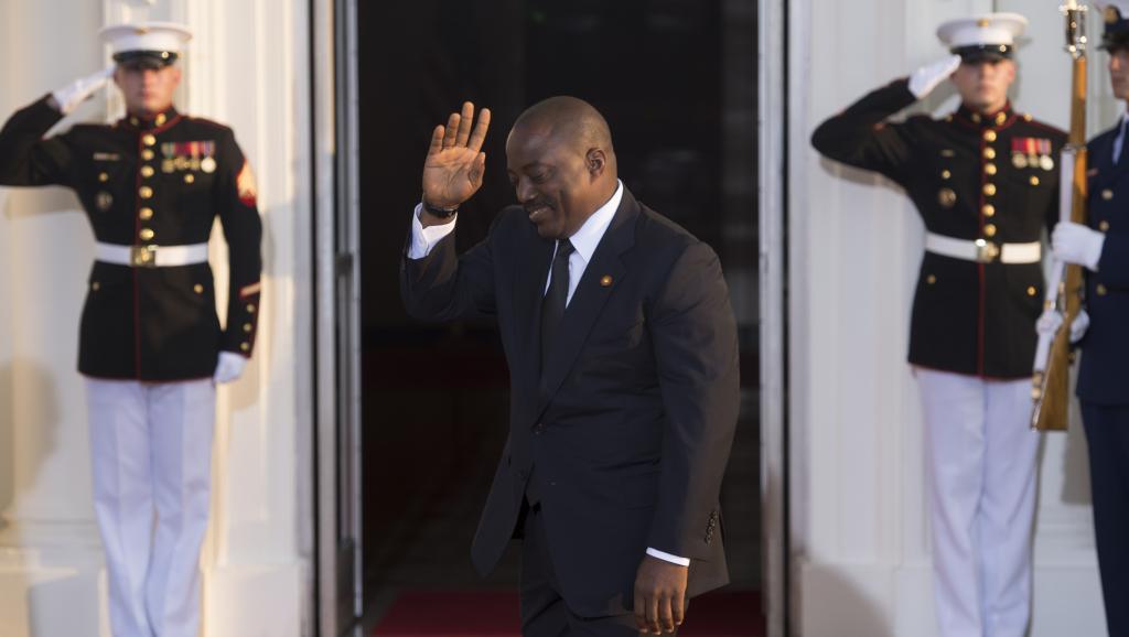 Modification de la loi électorale en RDC: Delly Sesanga jette l'éponge