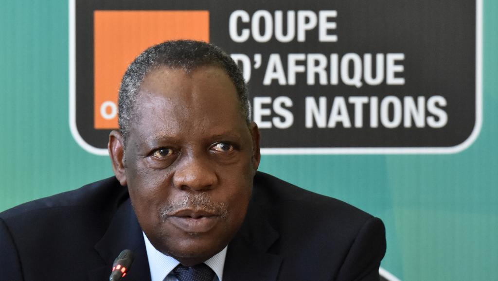 Foot africain: Issa Hayatou est parti pour rester président