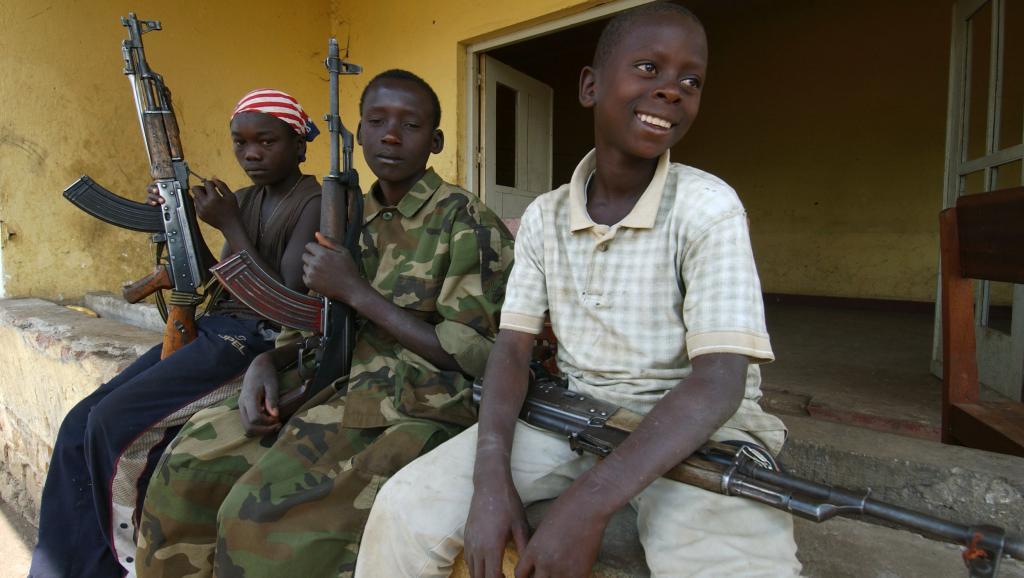 DROITS DE L'ENFANT / Enfants soldats: le phénomène perdure