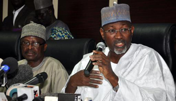 Nigeria : pluie de critiques après le report de la présidentielle