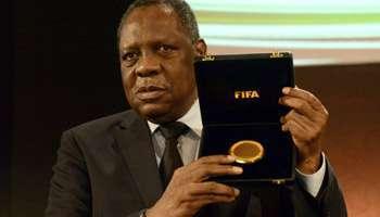 Mondial 2022 au Qatar : trois hauts dirigeants du football africain nommément accusés de corruption