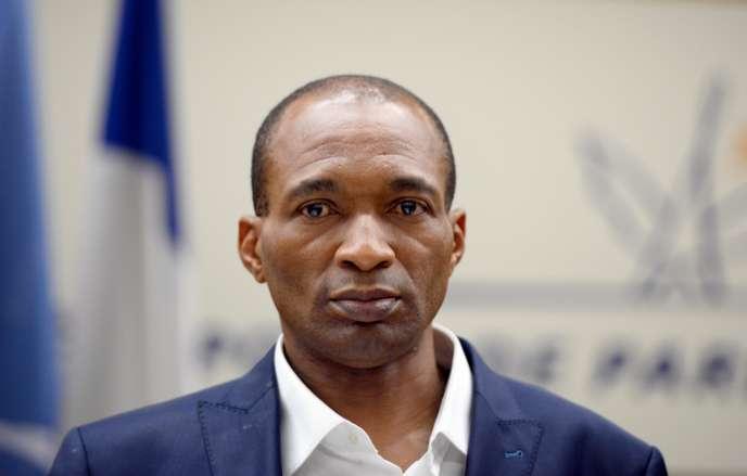 Le cas de M. Atangana, détenu pendant dix-sept ans au Cameroun, inspire les députés français