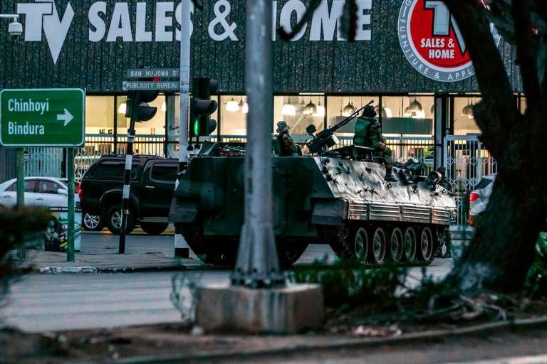REPORTAGE / Le Zimbabwe dans l'attente de la démission de Mugabe