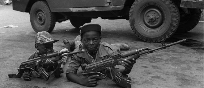 Afrique - Maquis : le difficile retour à la vie des enfants-soldats