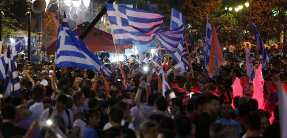 Référendum : après la victoire du 'non', l'Europe va-t-elle lâcher la Grèce ?