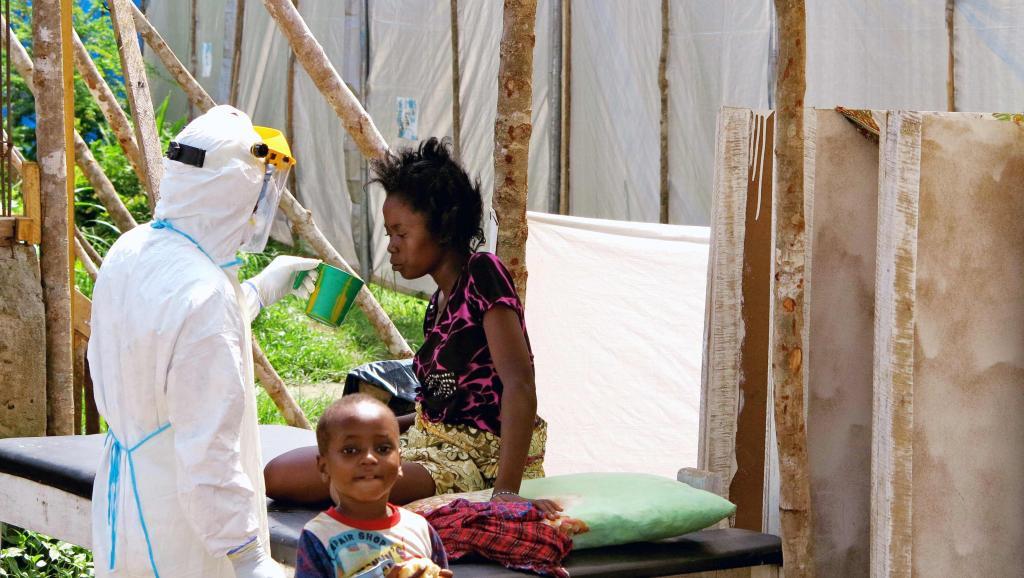 Ebola: «Il est important de pouvoir disposer d'un vaccin préventif»