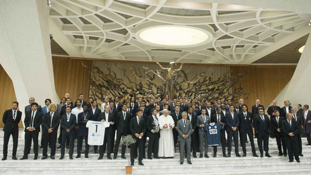 Le pape appelle les footballeurs à «donner le bon exemple»
