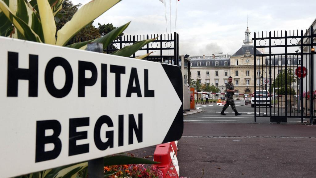 Ebola: l'infirmière française de MSF sous traitements expérimentaux