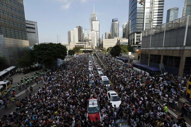 La tension monte à Hong Kong malgré les mises en garde