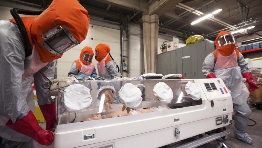 UE: un milliard d'euros et 40 000 volontaires contre Ebola