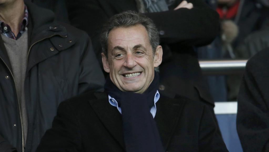 Conflit d'intérêts à l'UMP: Nicolas Sarkozy signe un gros chèque