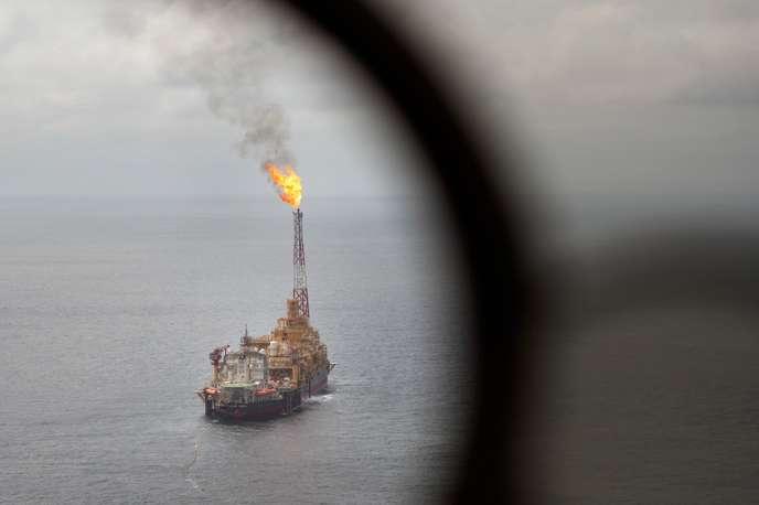 Les sulfureuses relations des pétroliers Total et Eni au Congo