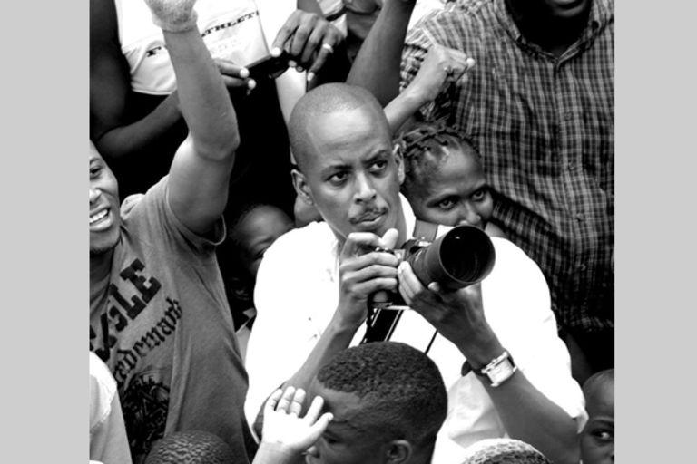Teddy Mazina: « Mettre un bulletin dans une urne, au Burundi, c'est de la foutaise »