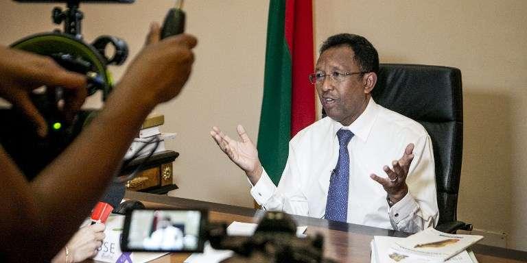 Hery Rajaonarimampianina : « Quitter le pouvoir, ce serait trahir le peuple malgache »