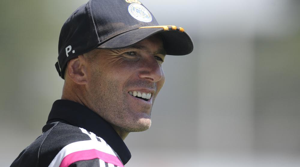 Attaqué pour son absence de diplômes, l'entraîneur Zidane se défend