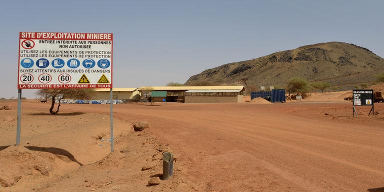 Burkina : la mine de Tambao bloquée par un conflit entre l'Etat, un aventurier des affaires et Bolloré