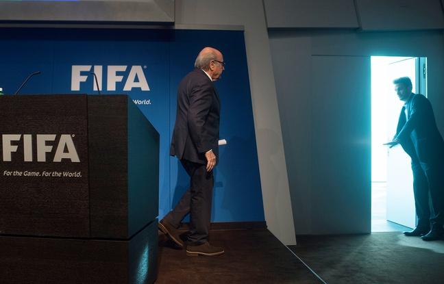 Scandale à la Fifa: Comment va se passer l'après-Blatter?
