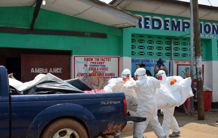 Une Française contaminée par le virus Ebola