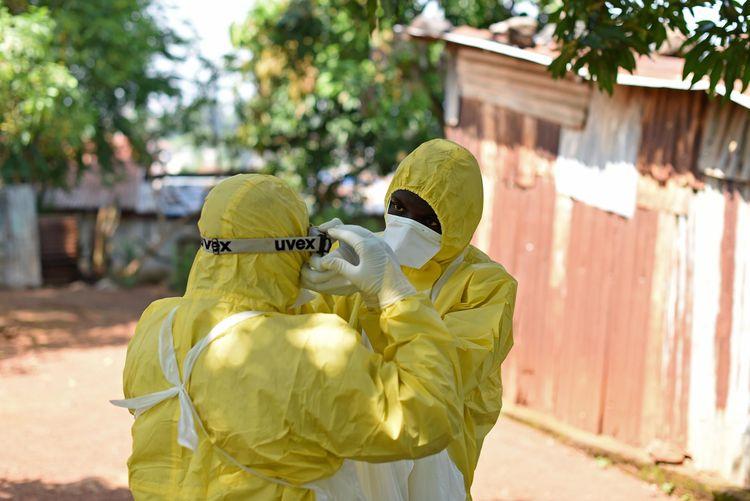 Ebola : le FMI étudie un allègement de dette des pays touchés