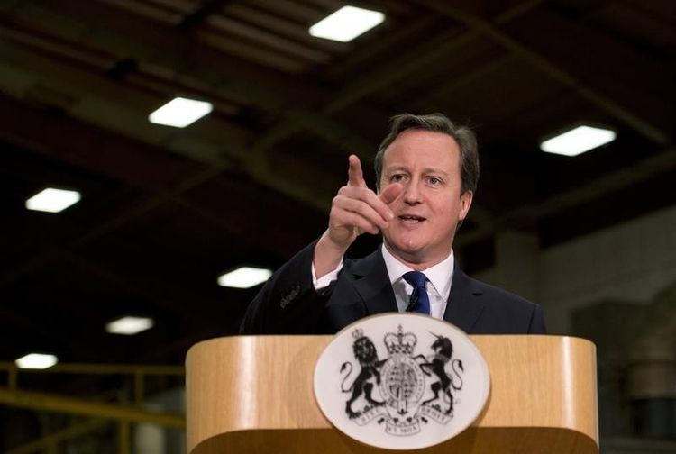 Cameron serre la vis sur l'immigration