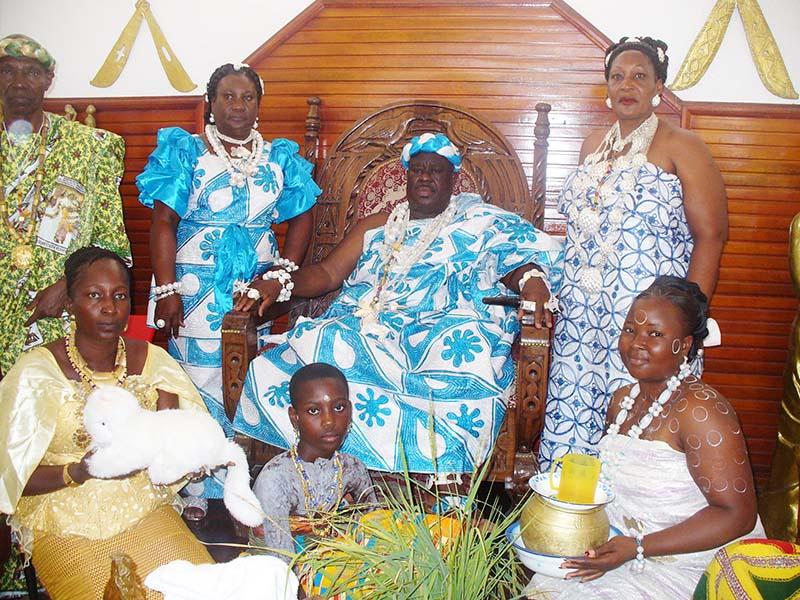 Côte d'Ivoire / Le peuple abouré êhê de Moossou célèbre les 25 années de règne de SM Nanan Kanga Assoumou