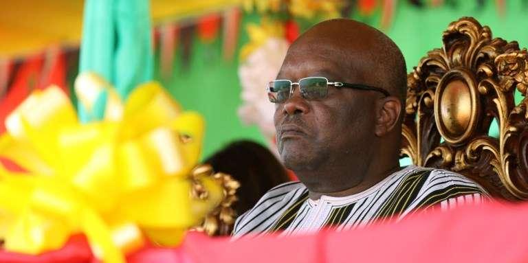 Un internaute jugé pour une publication sur Facebook au Burkina Faso