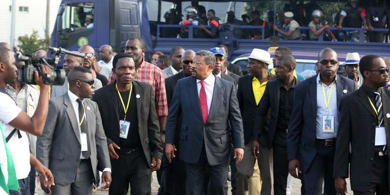 Gabon : malgré la formation d'un gouvernement « d'ouverture », les tensions demeurent