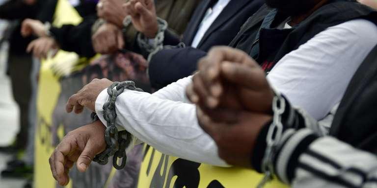 Esclavage en Libye : « Les responsables sont les dictateurs africains et les impérialistes occidentaux »