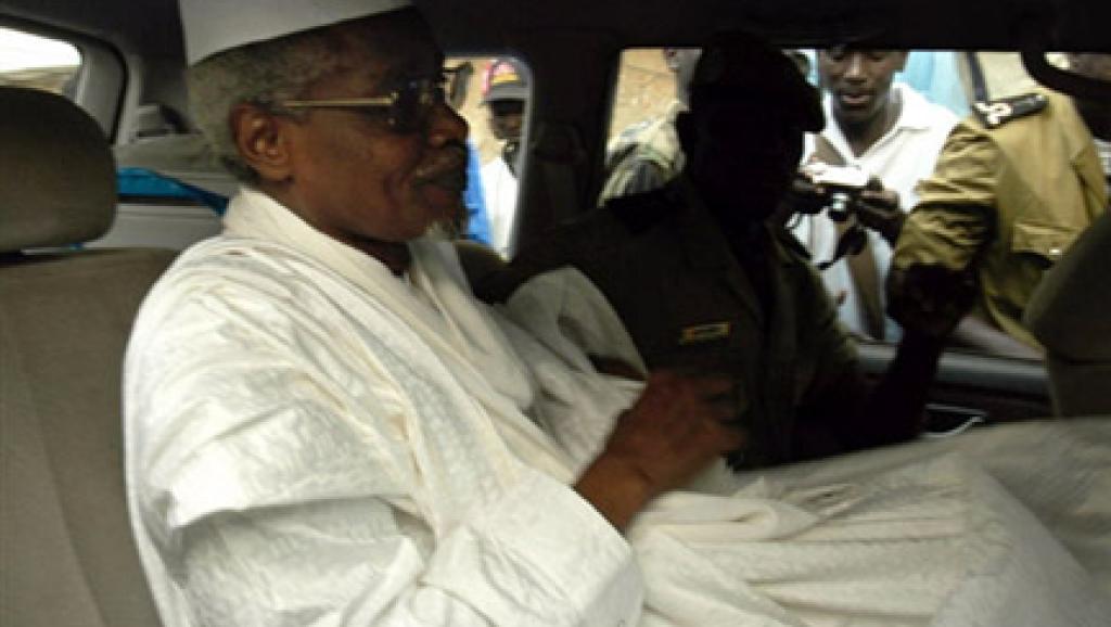 Procès Hissène Habré: le Tchad accusé de ne pas coopérer
