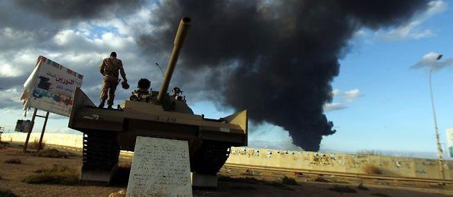 Libye : 19 soldats tués dans des attaques de miliciens islamistes