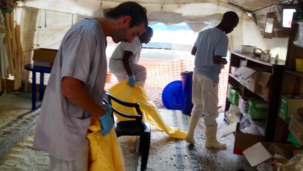 Ebola: un jeune Guinéen clandestin en France ne sera pas expulsé