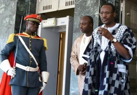 Burkina: la justice veut entendre l'ex-Premier ministre Isaac Zida
